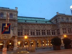 ウィーン早朝ランウィーンのオペラ座