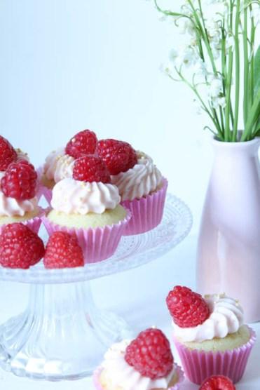 Mini Cupcakes Vanille Himbeere