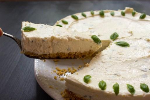 No Bake Cake White Chockolate Basilikum
