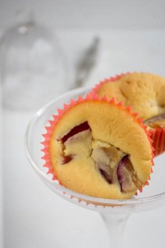 Muffins mit Pflaume und Frischkäse