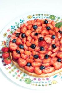 Sommerkuchen mit Erdbeeren