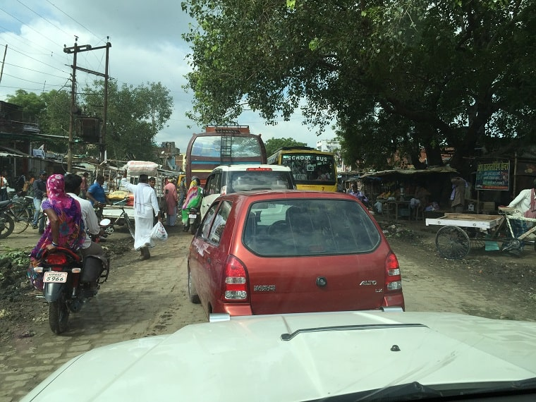 traffic in India - be conformed