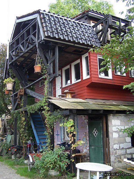 15129-DNK-Copenhagen-Christiania