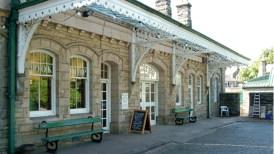 Barter-Books-alnwick-Northumberland-North-East-England