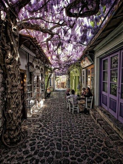 beautiful-streets-molyvos