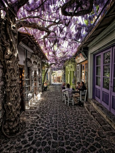beautiful-streets-molyvos