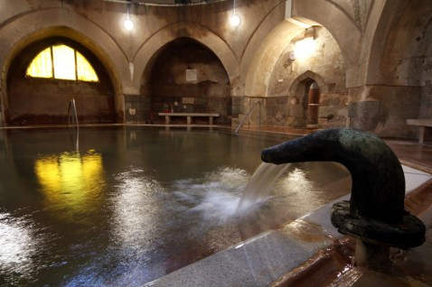 Medieval-Pool-Kiraly-Bath-Turkish-Baths-Budapest