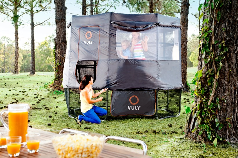 Vuly_Deluxe_Trampoline_Tent
