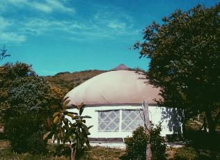 yurt-kamperen