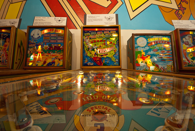 Pacific Pinball Museum Alameda, California Visited the Pacific Pinball Museum in Alameda last week (in part thanks to a Groupon) and it was pretty awesome. They boast 90 playable machines, ranging from simple flipper-less machines from the 30s to the modern machines. Once you pay the admission at the door, all of the machines are on freeplay and they have several jukeboxs that you can play for free. Really nice people running the place and they're cool with photography.