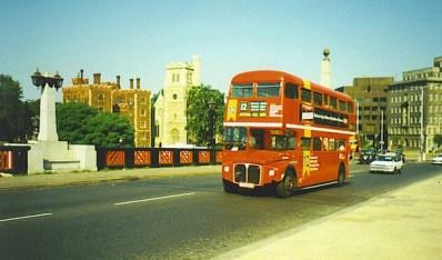 Routemaster_on_Lambeth_Bridge-593x350
