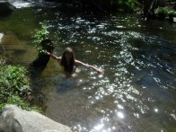 pego-me-in-river