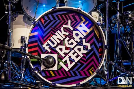 funky-organizers-01-464x309