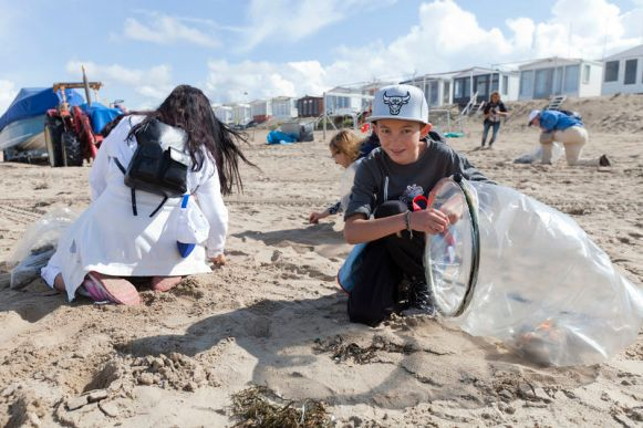 web-beach-cleanup-2014-svs-editie_73