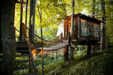 peter-bahouth-treehouse18-jpg-rend-hgtvcom-966-644