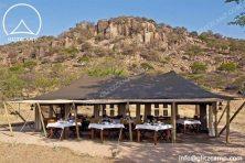 safari-lodge-tent-safari-lodge-african-safari-tent-glitzcamp-glamping-tent-1