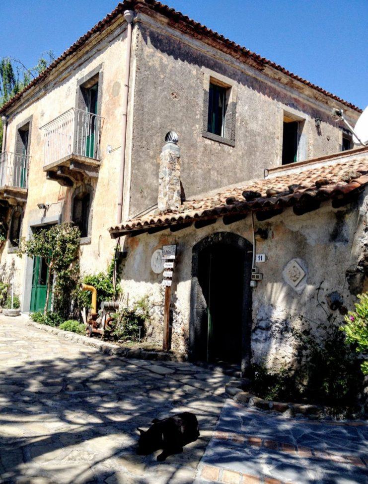 sicilie-huis-buiten