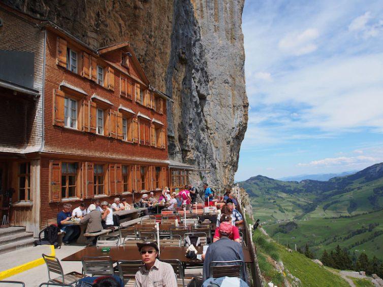 aescher-cliff