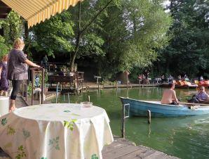 fischerpinte-bar-boathouse-ploetzensee