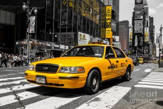 yellow-cab-at-the-times-square-hannes-cmarits