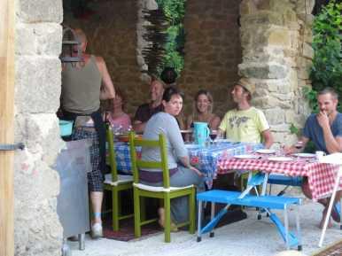 camping-labalade-frankrijk-limousin-creuse-open-keuken