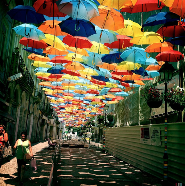 floating-umbrellas-portugal-2