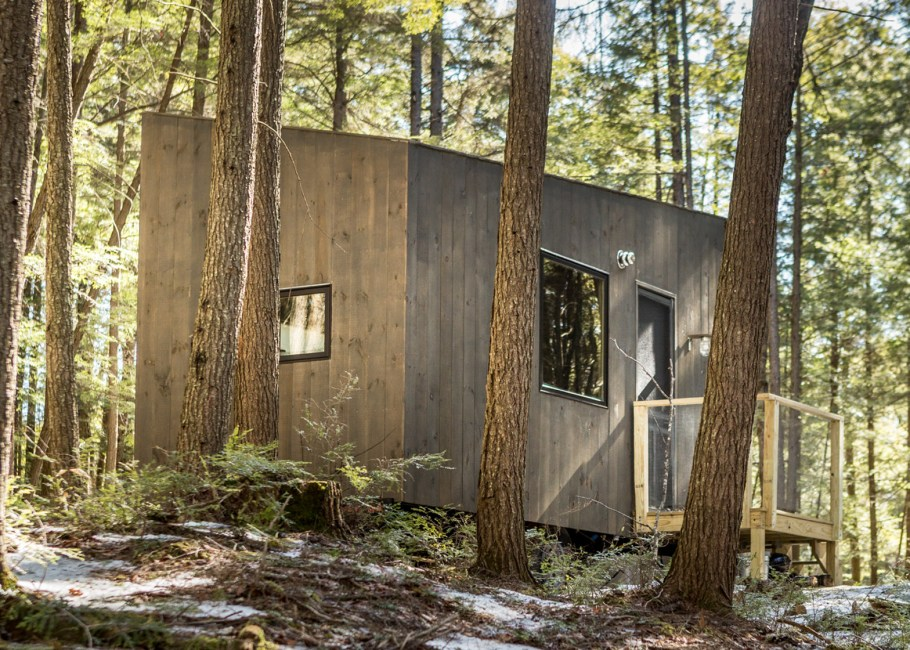 lorraine-getaway-photo-bearwalk_dezeen_1568_1