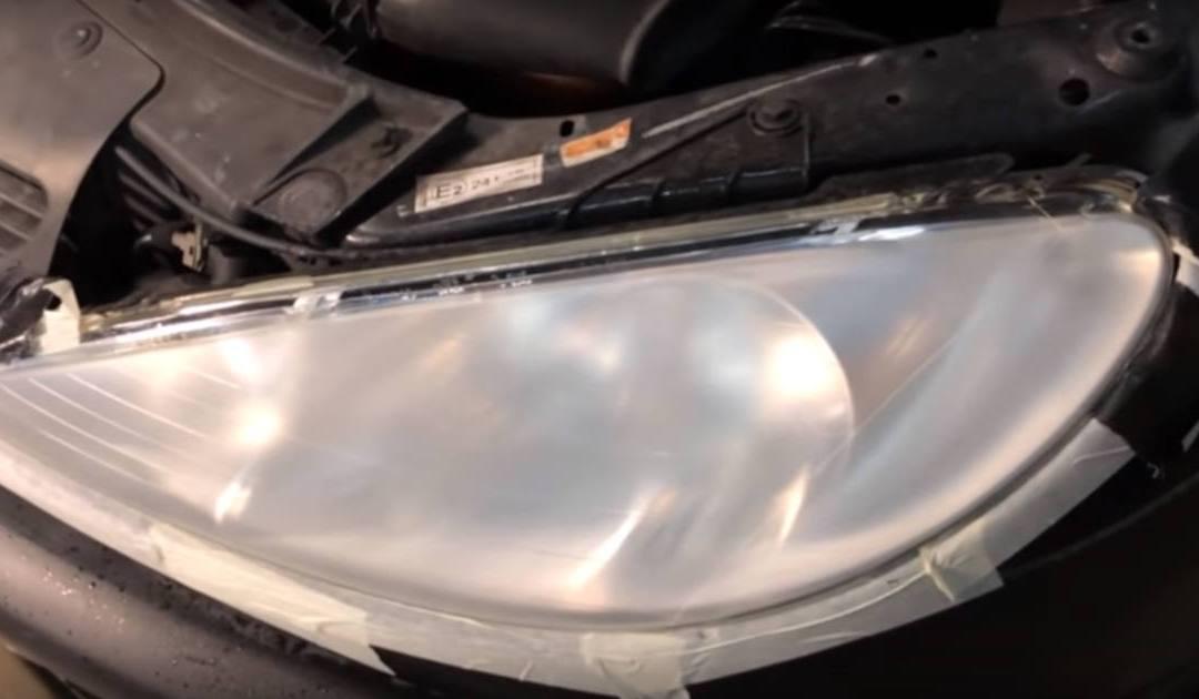 Restauro de Faróis Automóveis com acabamento Polimerizante