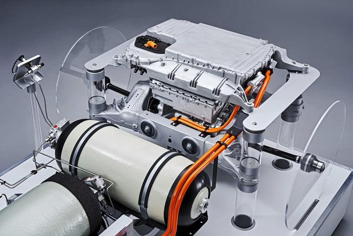 Os SUVs da BMW terão uma motorização hidrogénio/eléctrica 3