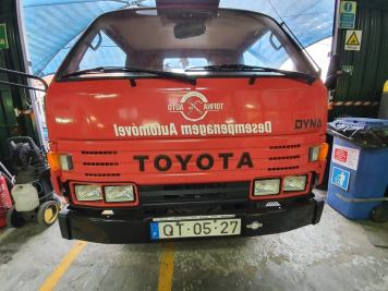 Usado - Pronto Socorro Toyota 05