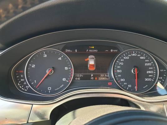 Audi A7 3.0 Tdi V6 Quattro S Tronic de 2010 - 4