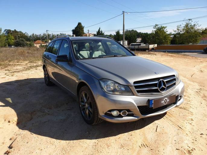 Usado Mercedes C200 Avangarde 2012 - 13