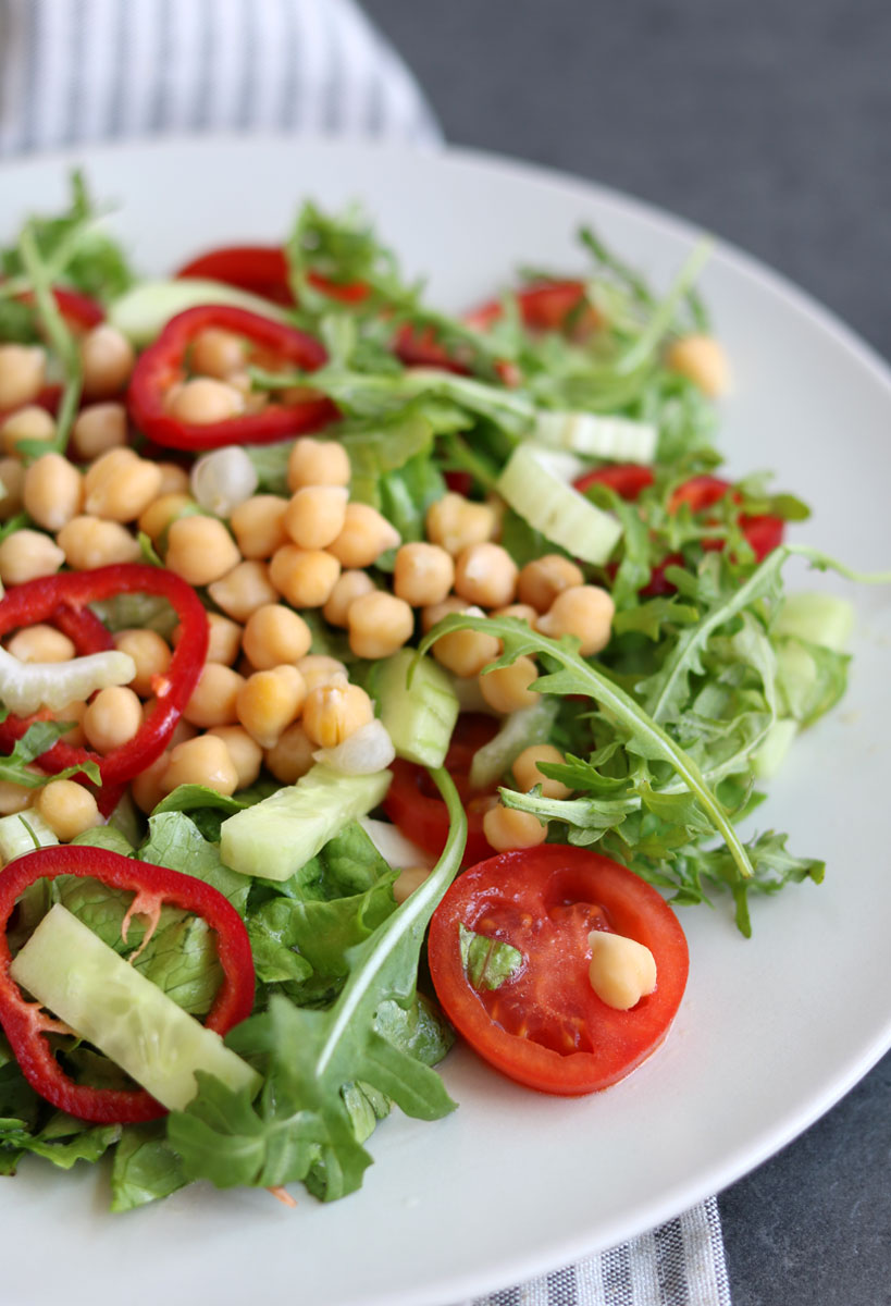 Colorful chickpea salad with spring greens   Tofobo Family