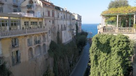 Even during the last days of December, Sorrento is one of the most beautiful cities in the area.