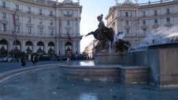 The next day we woke up with the intention to take it easy and just wander a museum or two; instead, we ended up at the glorious Piazza del Repubblica ...
