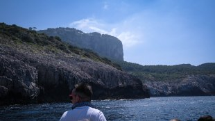 Boat Tour, Capri, Italy | tofollowarrows.wordpress.com