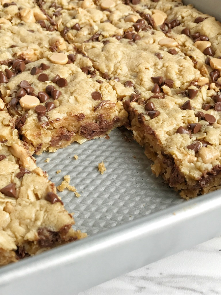 Oatmeal Chocolate Chip Peanut Butter Bars - Together as Family