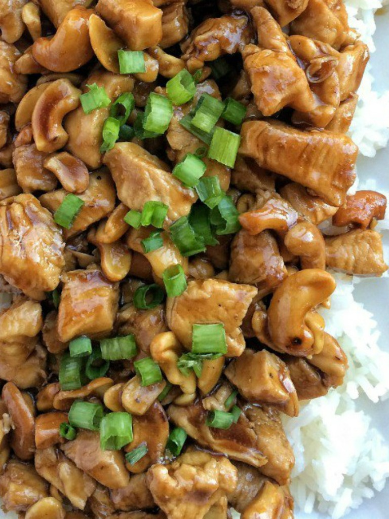 Tender, flavorful chunks of chicken in an easy homemade sauce and cashews. This easy, 30 minute skillet cashew chicken will be a hit at the dinner table. Serve over rice and garnish with green onions.