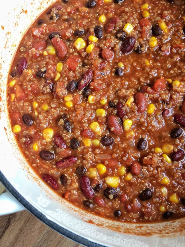 Quinoa chili is heart, healthy, and full of flavor. Simmers on the stove top for an easy one pot dinner!