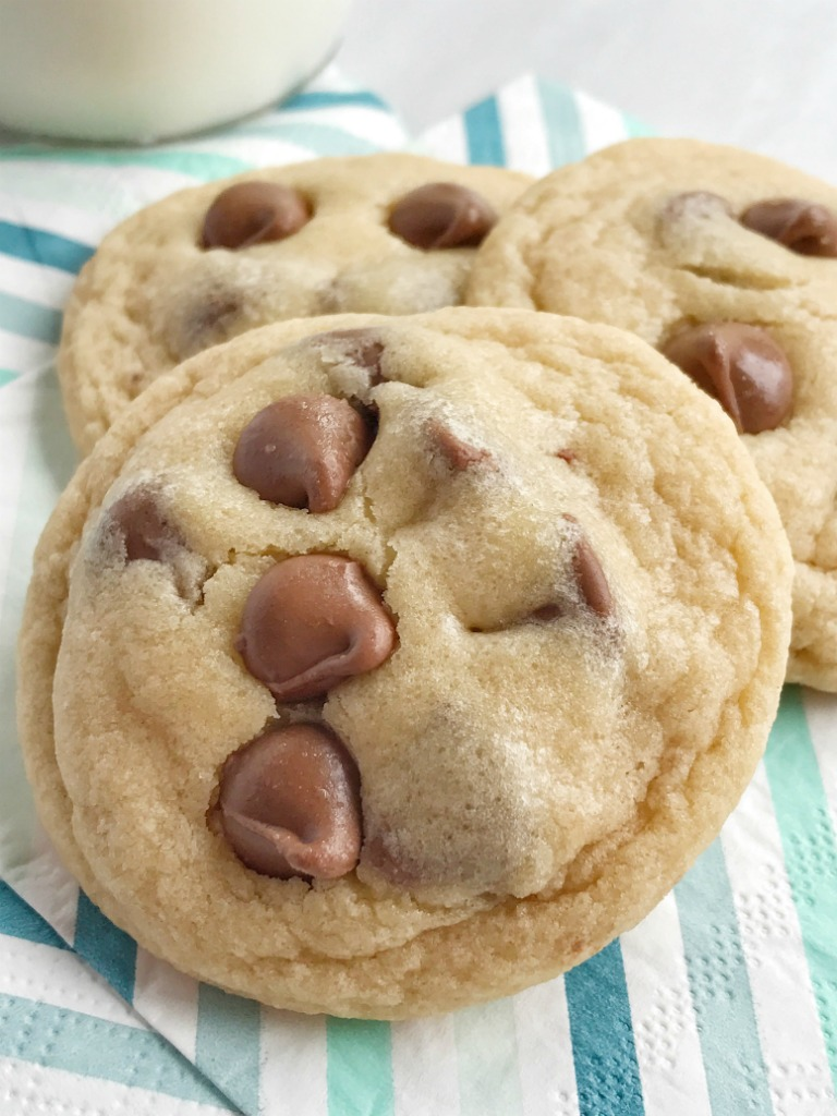 Easy Bisquick Chocolate Chip Cookies - Together as Family