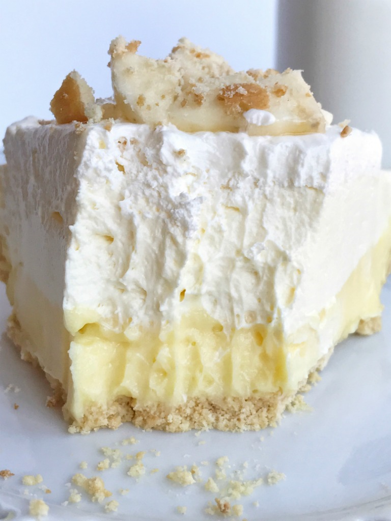 No Bake Creamy Triple Layer Banana Pudding Cheesecake Pie