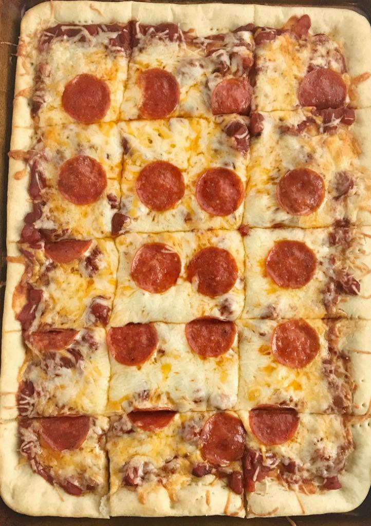 Homemade Sheet Pan Pizza Recipe | Pizza | Sheet Pan | Dinner | Together as Family #dinnerrecipes #pepperonipizzarecipe