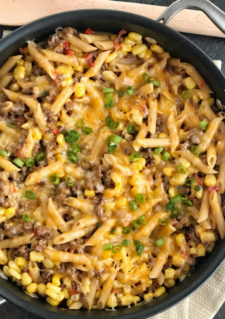 BBQ Beef Pasta Skillet | One Pan Dinner Recipe | Easy Dinner Recipe | Family Dinner Ideas | 30 minutes, one pan is all you need for this delicious family dinner that's full of ground beef, corn, pasta, and covered in cheese | #easydinnerrecipes #onepandinner #groundbeefrecipes #dinnerrecipes