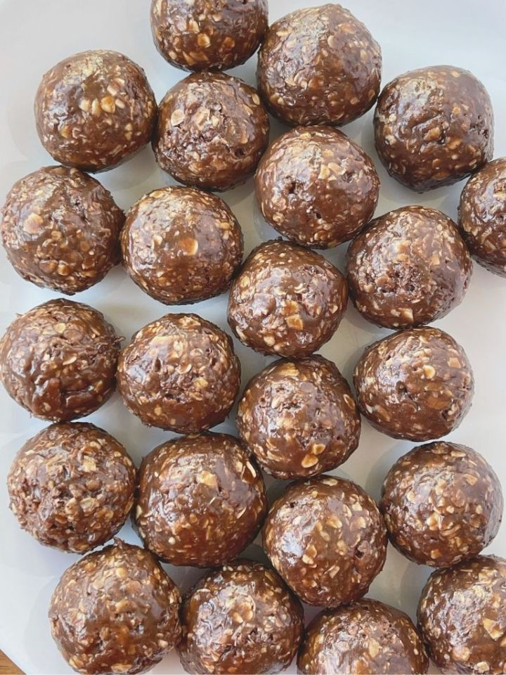 Chocolate Peanut Butter Granola Bar Bites