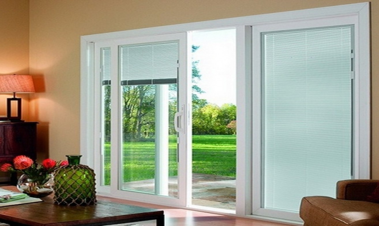 3 panel sliding glass door with blinds
