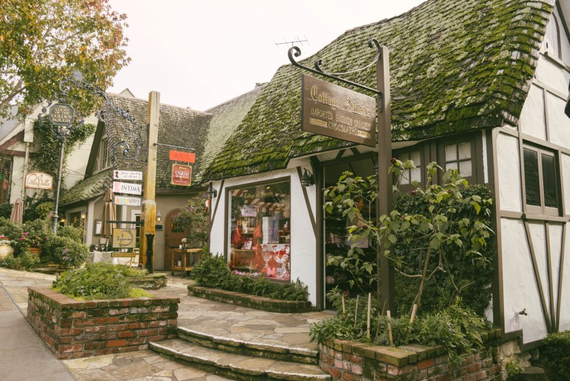carmel-by-the-sea downtown shops
