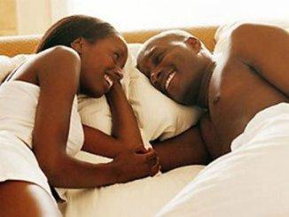 couple5 Sexualité: voici la position la plus dangereuse pour l'homme