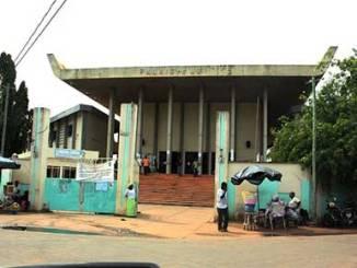 palais justice Justice: au Togo, les 'super-flics' choisissent eux-mêmes leurs enquêtes