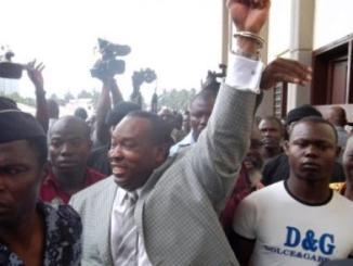 000 Par6479638 0 Sérail:Mgr Kpodzro veut libérer Kpatcha Gnassingbé