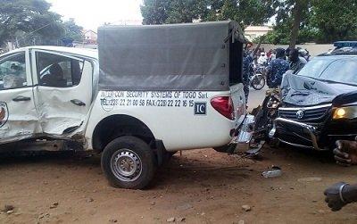 824532 2 Togo : grave accident du convoi du président Faure Gnassingbé [Photos]